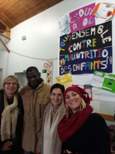 Marché de Noël à Crouy, stand Antenna France et Ecospiruline
