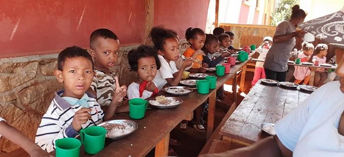 Cantine scolaire d'une école publique d'Antsirabe